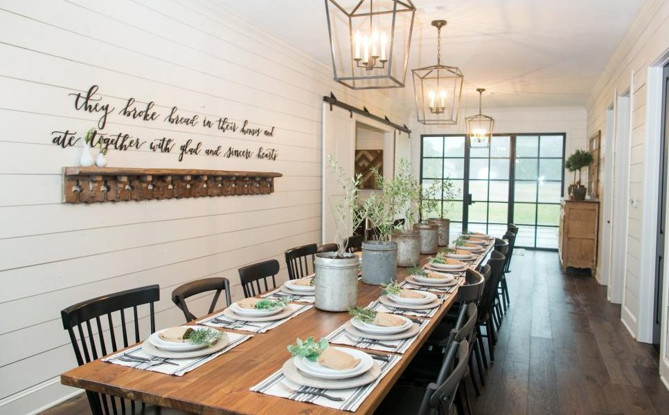 'Fixer Upper' Houses Turn Into Vacation Rentals Around