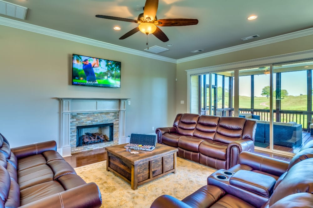 Oster Golf Houses – Living Room